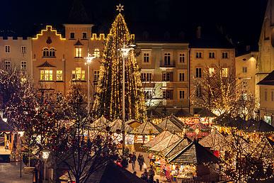 Mercatino Di Natale Bressanone Foto.Mercatino Di Natale A Bressanone In Valle Isarco Alto Adige