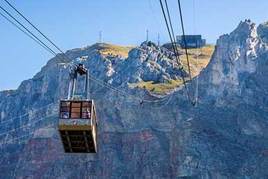 The cable car lift in Gardena Valley