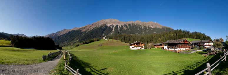 Racines and the Isarco valley, in South Tyrol