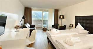 Suite des Alpines Wellnesshotel Tyrol in Rabland