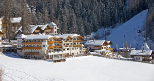 At Oberggen in Ega valley is situated the Hotel Maria