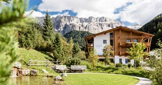 Boutique Hotel Nives - Luxury & Design in the Dolomites in Gröden