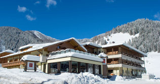 Hotel Trenker in Prags am Kronplatz