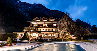 Spend the winter holidays at Wellnesshotel Windschar at Brunico