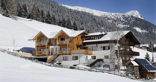 Overnight stay at the pension Schwemmerhof in Ultimo valley
