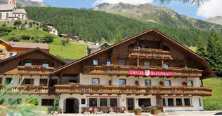 Alpenrast  hotel in the mountains of Tures