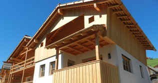 Chalets Liondes in summer