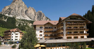 At Corvara, Alta Badia, is situated the Hotel Col Alto.