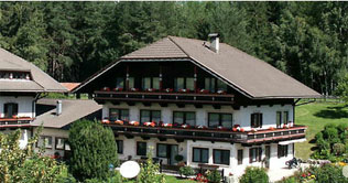 Hotel Scherer in Olang at the foot of the Kronplatz