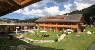 Summer holidays on the Siusi Alps at the Tirler Dolomites Living Hotel