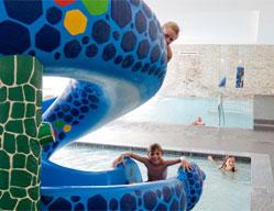 Hotel per famiglie alto adige per le vacanze con bambini - Residence sulle piste da sci con piscina ...